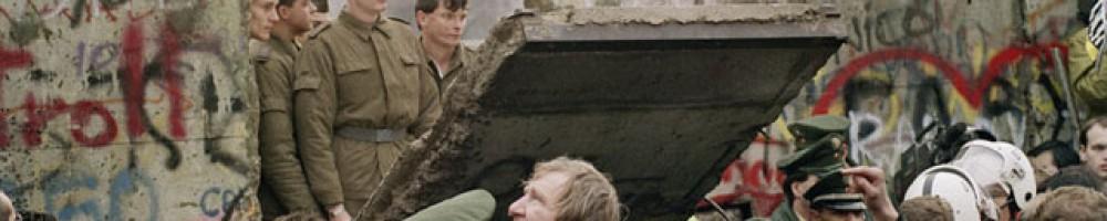 cropped-t1larg.berlin.wall_.afp_.gi_.jpg